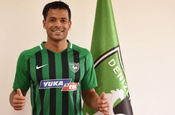 La spirale très négative de Denizlispor de Matthieu Dossevi cette saison