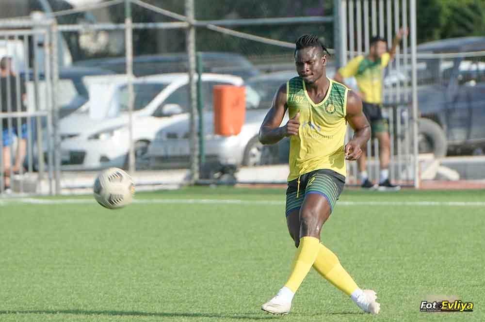 Kossi Adetu : un goleador déjà perdu pour le Togo ?